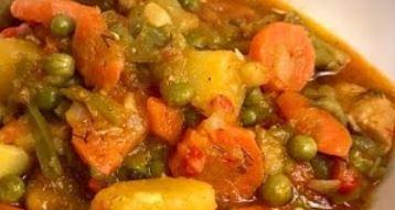 Ghiveci de legume cu carne de porc